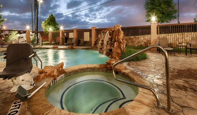 Welcome To The Best Western Plus Dfw Airport West Euless Centrally Located In Dallas Fort Worth Metroplex With Close Proximity Many Venues For