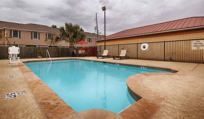 Welcome To The Best Western Lockhart Hotel Suites In Texas