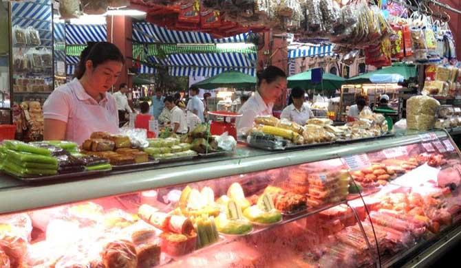 Ho-Chi-Minh-City-Tour-Saigon-Street-Food-by-Night