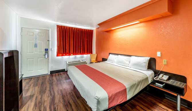Motel 6 San Antonio Downtown – Market Square is within 2 miles of the  famous Riverwalk, the Alamo, U.T. San Antonio, Alamo Dome, and much more.