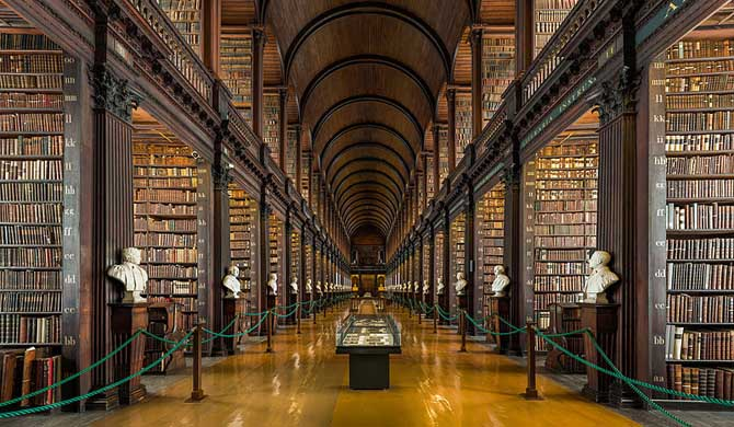 The-Long-Room-of-the-Old-Library-at-Trinity-College-Dublin