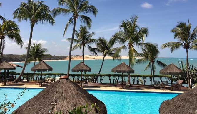 Hotel-Marinas-Pool