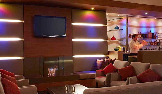 Novotel-Christchurch-Cathedral-Square-Bar