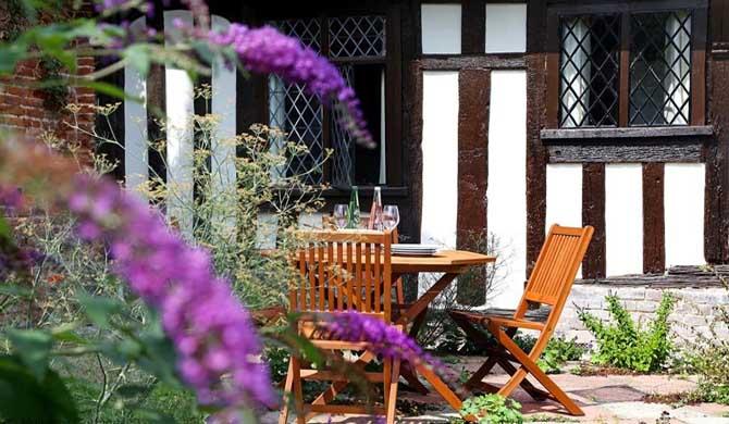 Bonnington-Cottage-Garden