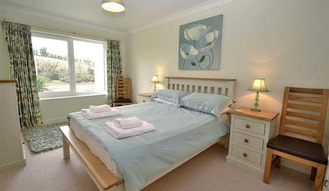 7-The-Moorings-Bedroom