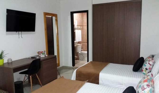 Hotel-Plaza-Manfortt-Room